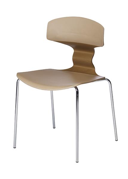 Hochwertiger Stuhl auf weißem Hintergrund