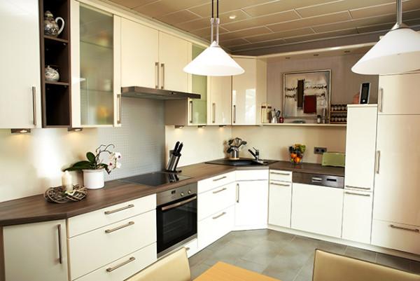 Stimmungsvolle Aufnahme von Küchenzeile
